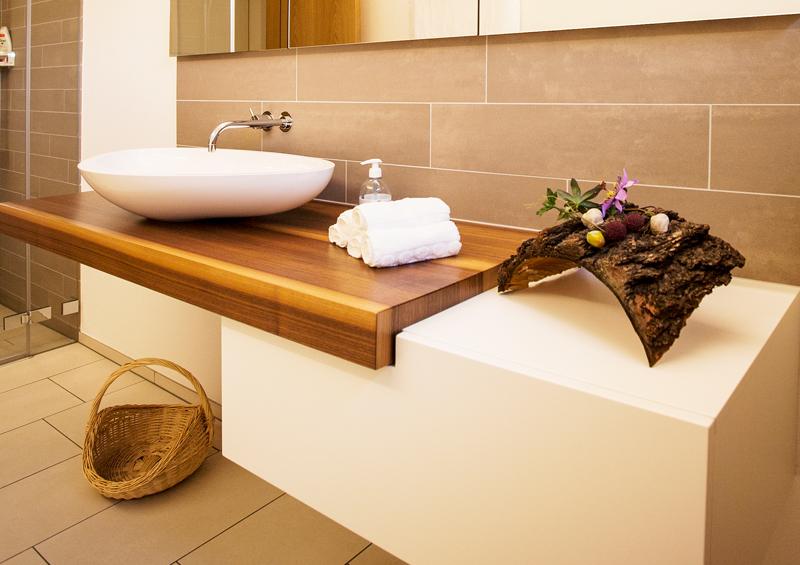 badezimmerm bel schreinerei t di ag. Black Bedroom Furniture Sets. Home Design Ideas