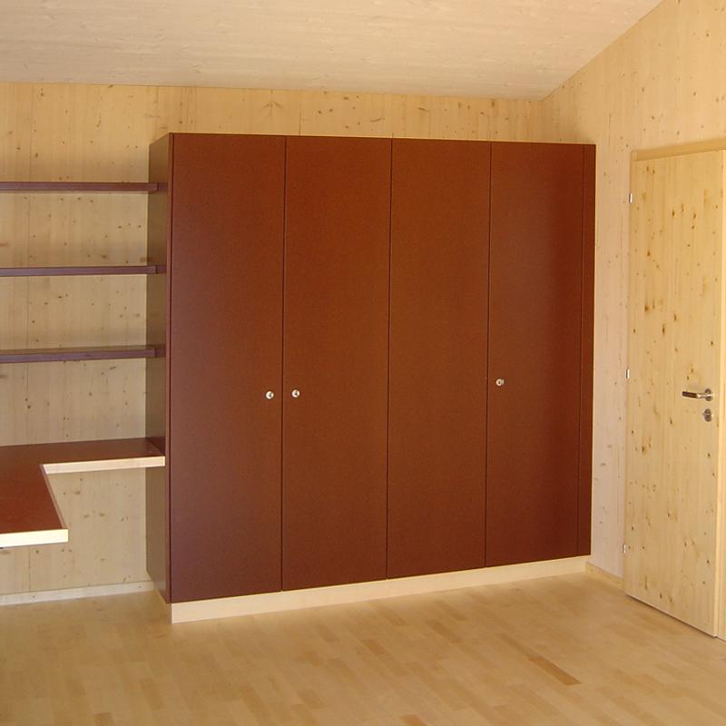 schr nke gut durchdacht sind sie reinste platzwunder. Black Bedroom Furniture Sets. Home Design Ideas